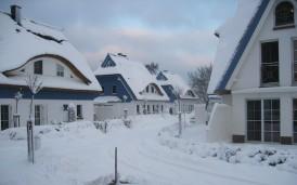 Die Siedlung mit den Häusern im Winter