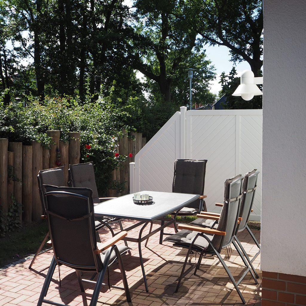 Die Terrasse mit Sitzbereich, Ferienhaus Windflüchter